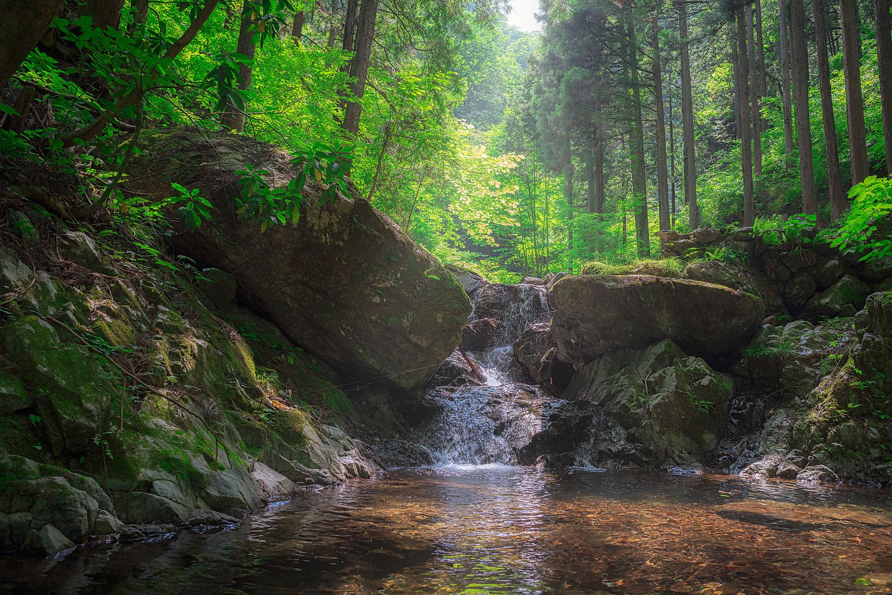 Hinohara waterfalls